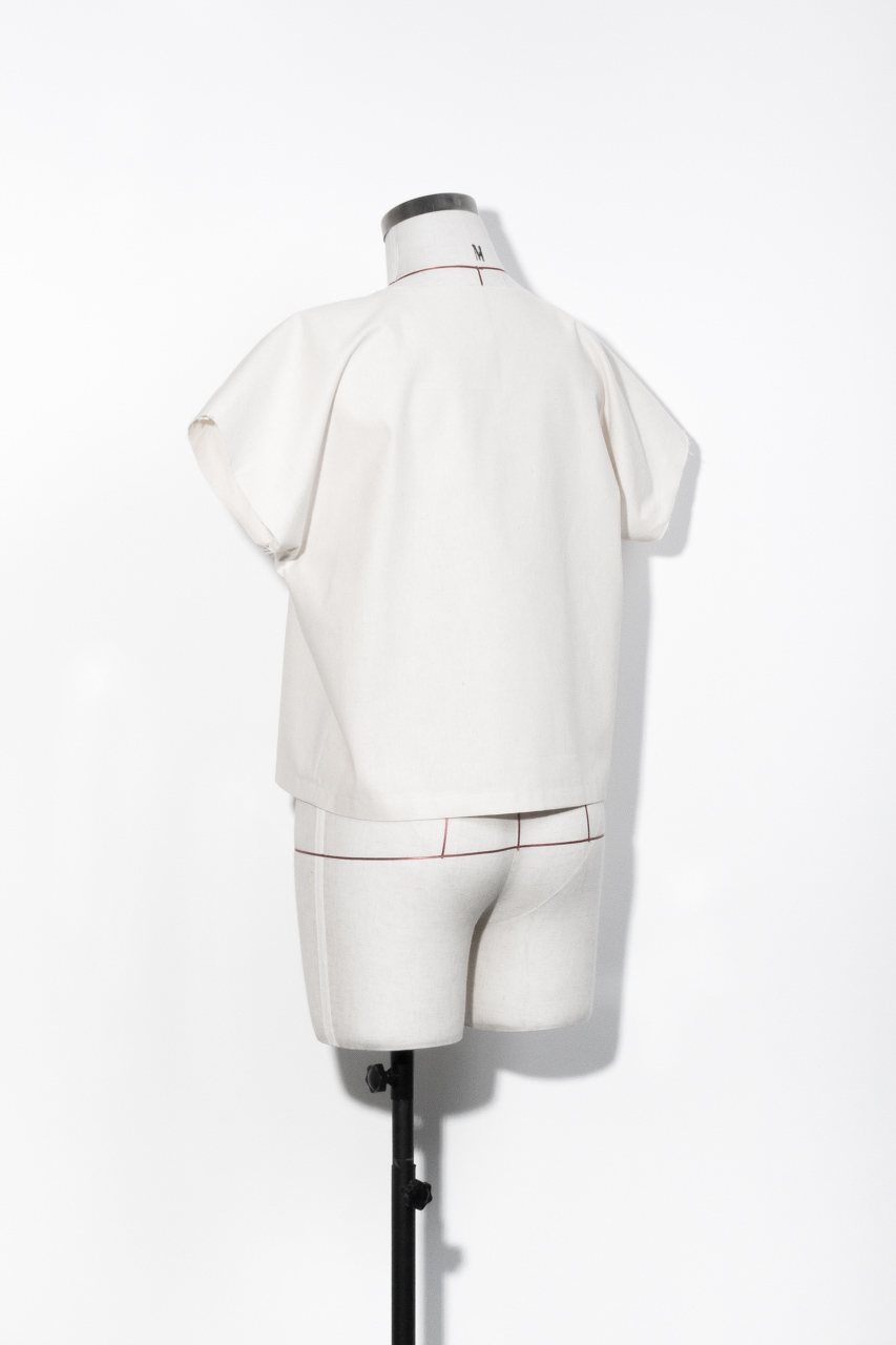 Assembil Blog: The Paper Theory LB Pullover pattern. Toile back short sleeve, image 1.