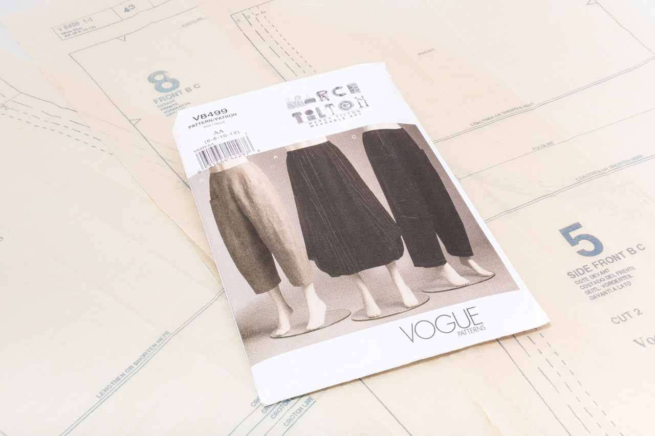 Assembil Blog: Pattern and Toile 1: V8499 Trouser from Vogue Patterns. Image of pattern envelope and tissue paper pattern.